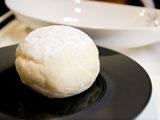 ふわふわハイジの白パン 110円