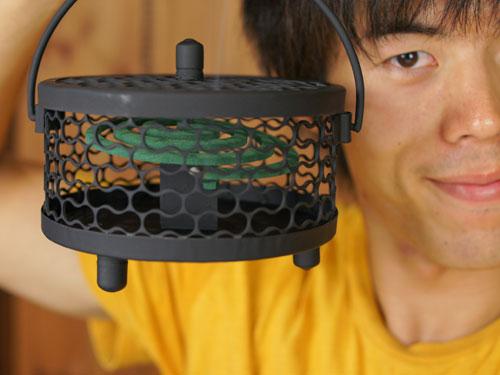 蚊に刺され対策にアジアンな蚊取り線香受け皿